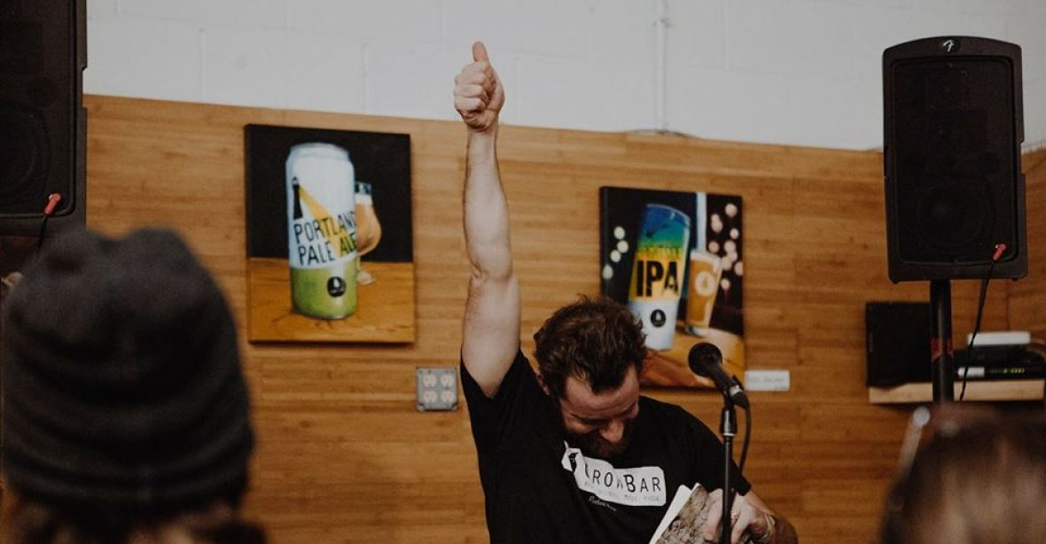 cropped-thumbs-up-at-brewery.jpg